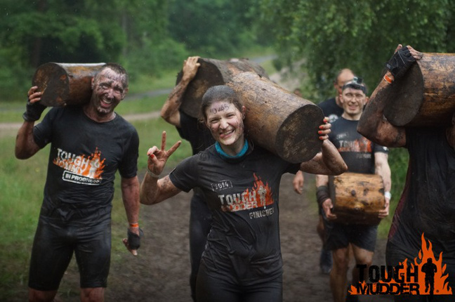 Tough Mudder Hold your Wood