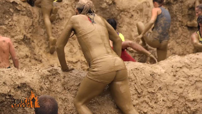 Tough Mudder: the participants have to overcome a lot of mud